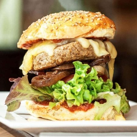 Bio Catering Bistro Restaurant Safran Hamburger